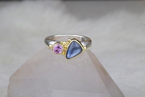 Sapphire Ring (02220)