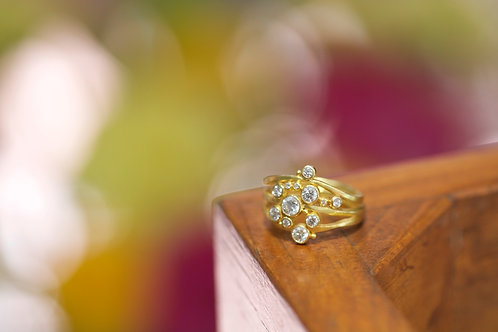 Diamond and Gold Engagement Ring (06743)