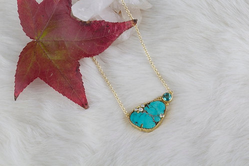 Gold Turquoise Necklace (03168)