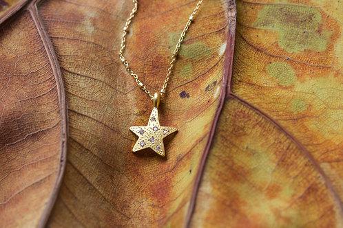 Gold Star and Diamond Pendant (05682)