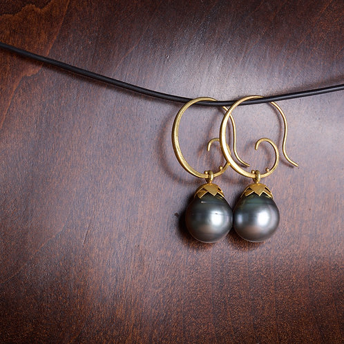 Tahitian Pearl Lotus Earrings (05594)
