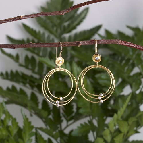 Gold Dish Hoop Earrings (06578)