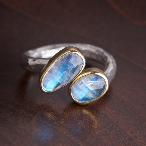 Double Moonstone Ring (05804)