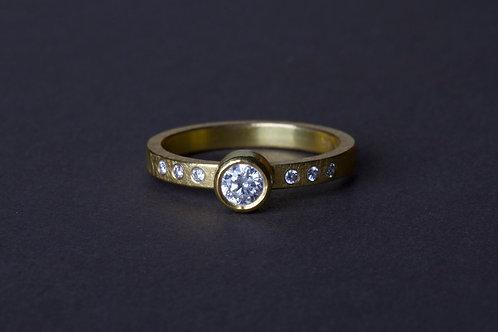 Diamond Ring (01217)