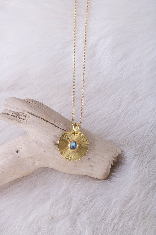 Gold Moonstone Pendant (04640)