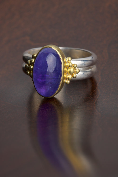 Tanzanite Ring (06839)