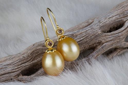 Golden Pearl Earrings (02849)