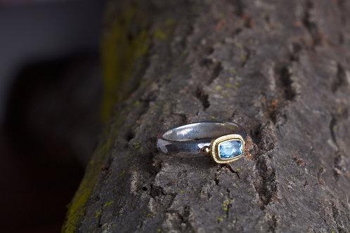 Aquamarine Ring (06764)