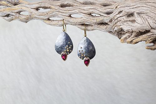 Rhodolite Garnet Earrings (02760)