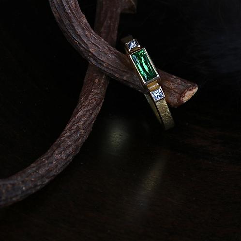 Tsavorite Ring (04507)