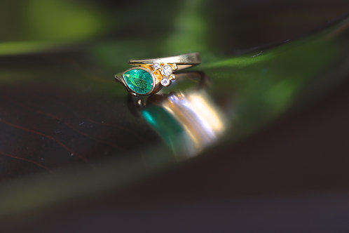 Emerald and Diamond Ring (06928)