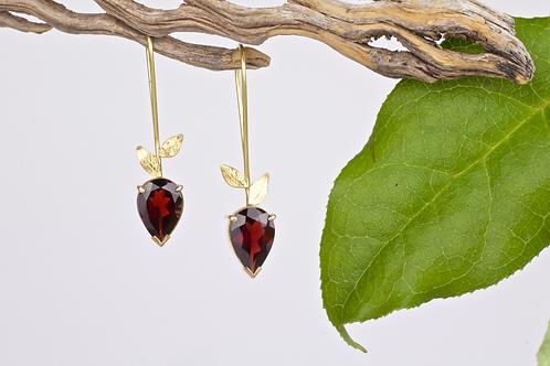 Gold Garnet Leaf Earrings (04104)