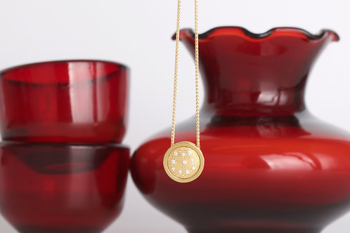 Gold and Diamond Pendant (06811)