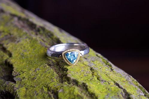 Triangular Aquamarine Ring (06763)