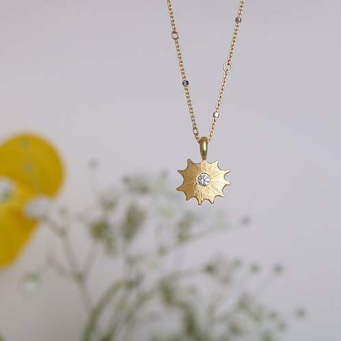 Star Charm (06715)