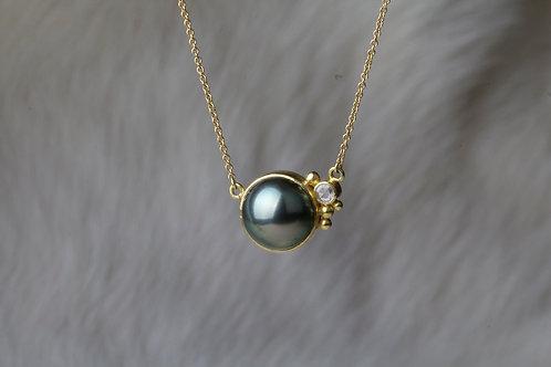 Tahitan Pearl Diamond Necklace (01490)
