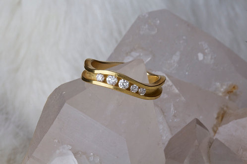 Gold Diamond Ring (01552)