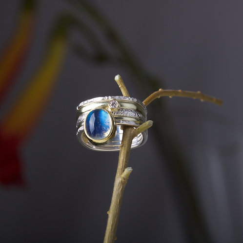 Moonstone and Diamond Ring (05878)