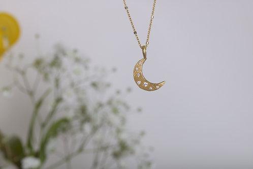 Crescent Moon Charm (06518)