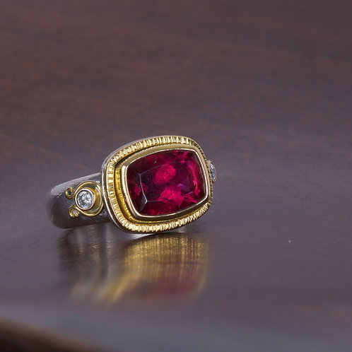 Tourmaline and Gold Ring (05519)
