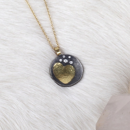 Gold Heart Pendant (04719)