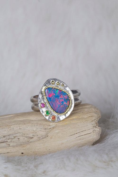 Opal Sapphires Tsavorite Ring (04568)