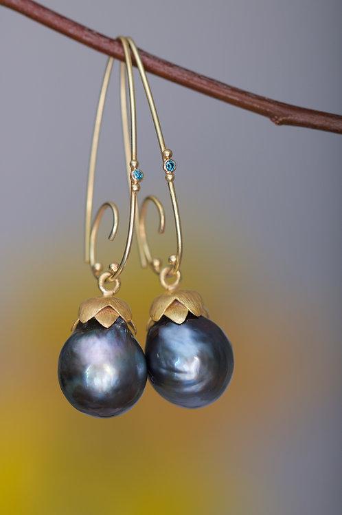 Tahitian Pearl and Blue Diamond Earrings (06191)