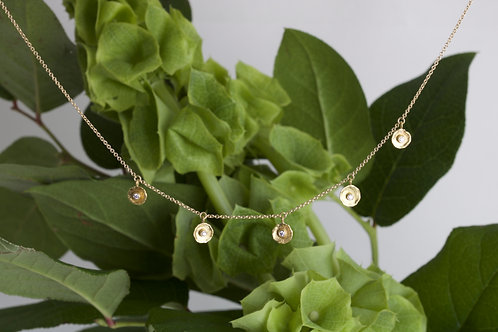 Gold Dish Necklace (06596)