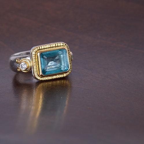 Aquamarine and Gold Ring (05518)