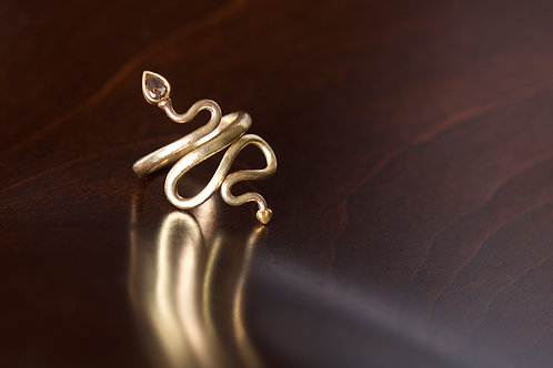 Chocolate Diamond Serpent Ring (04746)