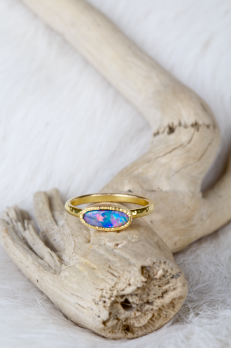 Opal Gold Ring (03718)