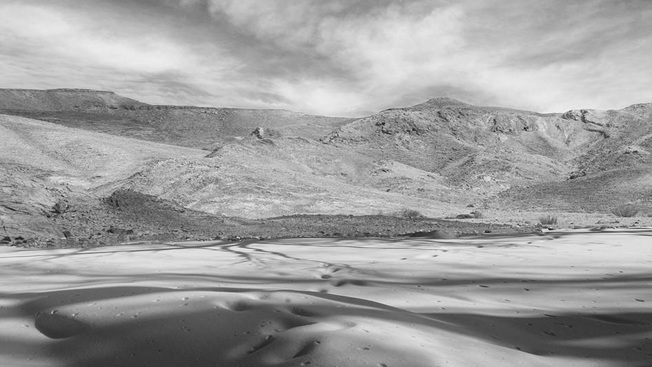 DesertMoonscape.jpg