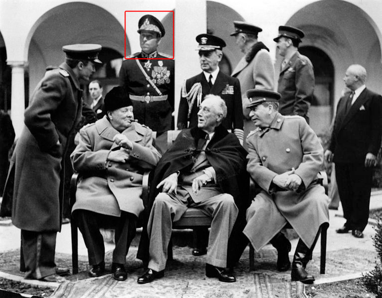 A different version of the same photograph of the Yalta conference from Wikipedia page