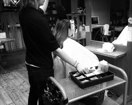 「距離がある」美容師・理容師の不便な仕事