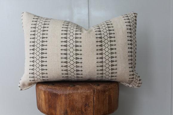 Naya Pillow