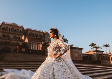 A Michael Cinco bride photographed by Dialight