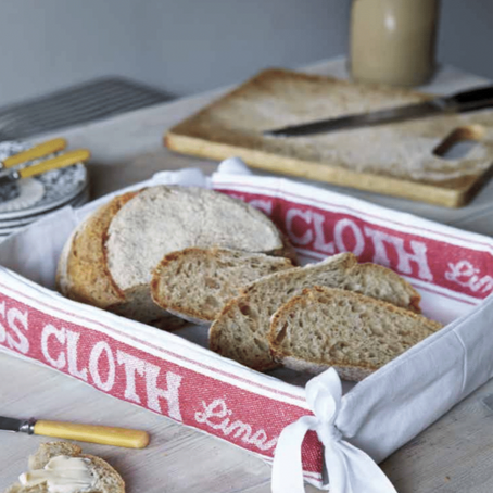 HOW TO SEW A FOLDAWAY BREAD PLATTER