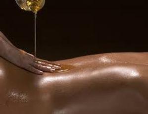 massage dos et huile.jpeg
