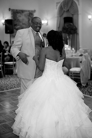A2Z Mobile Music a AWARD WINNING Fort Worth Wedding DJ