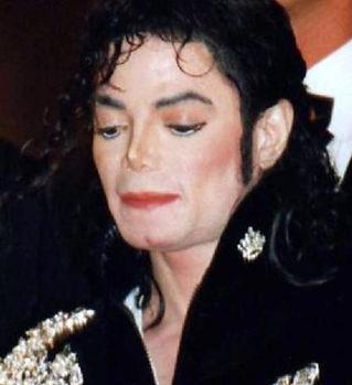 Michael_Jackson_Cannescropped.jpg