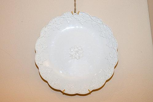 MEISSEN Antico piatto in porcellana bianca
