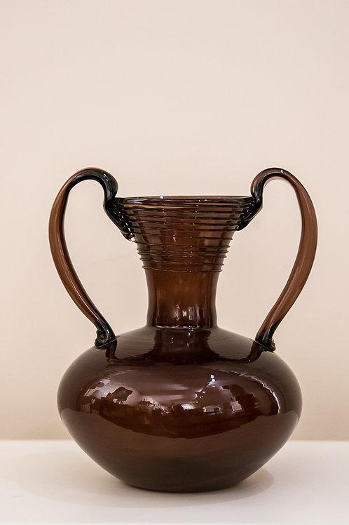 Vasetto in vetro biansato color amaranto