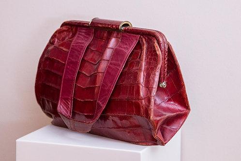Borsa vintage in vero coccodrillo, colore rosso bordeaux, squama larga