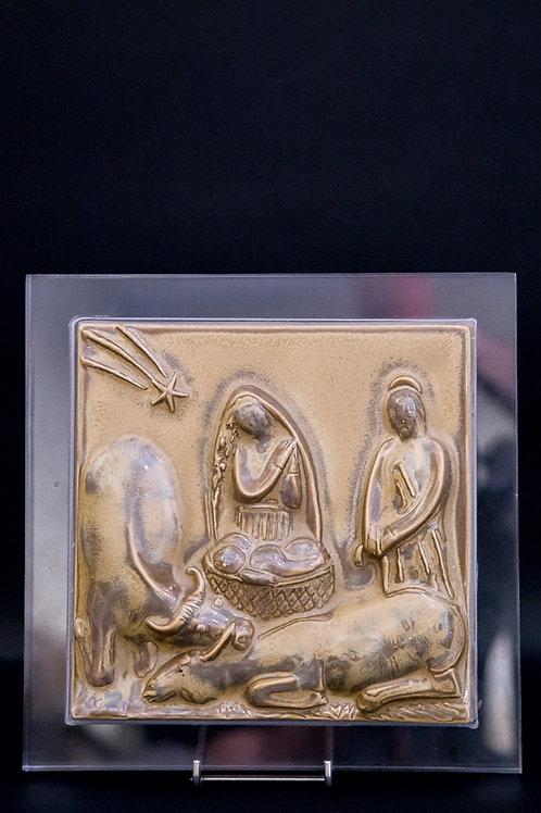 ANGELO BIANCINI Mattonella in maiolica smaltata rappresentante la natività