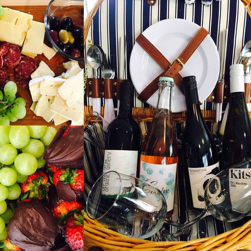 wine-picnic-basket-chocolate-strawberrie