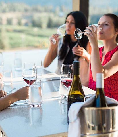 Liquidity_wine_tasting_table_Okanagan_fa