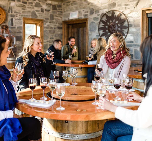 Wine_tasting_Dirty_Laundry_Summerland-co