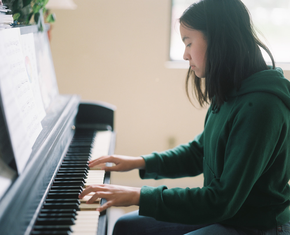 piano lessons in Lakewood, piano lessons in tacoma, piano teacher in tacoma, guitar teacher in tacoma, tacoma wa,