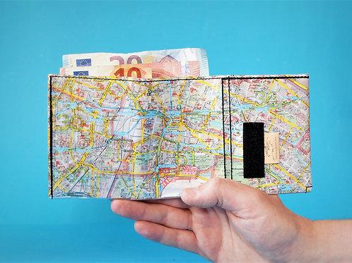 Portemonnaie BERLIN MITTE & FRIEDRICHSHAIN Stadtplan upcycling Unikat (vorne geöffnet)