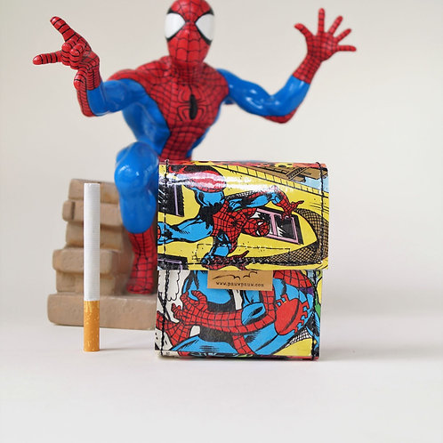 SPIDERMAN Zigaretten Hülle Comic upcycling Unikat (vorne)